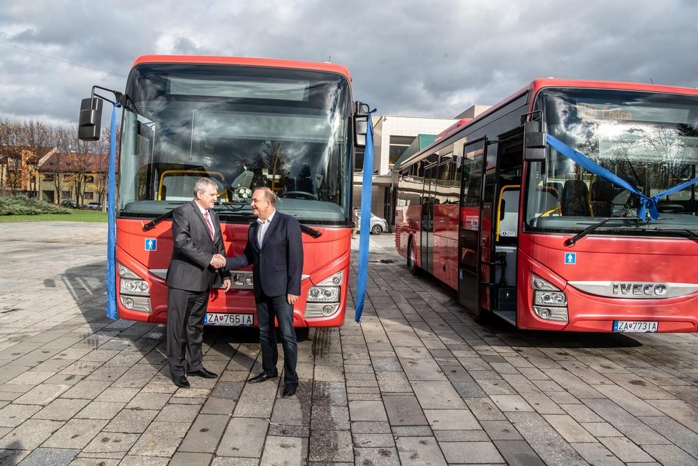 Vodiči autobusov datovania